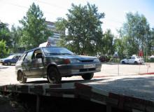 Школа располагает опытными мастерами производственного обучения вождению, двумя автодромами, собственными учебными транспортными средствами.